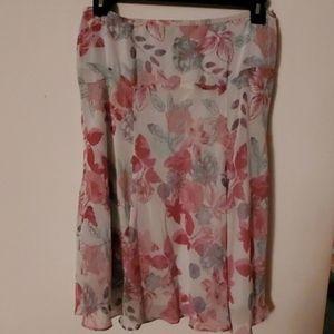 Jones Wear Petite Pink Floral Print Midi Skirt 12P